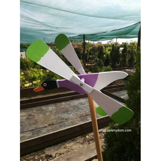 Kačička vrtuľka, Záhradná dekorácia drevená