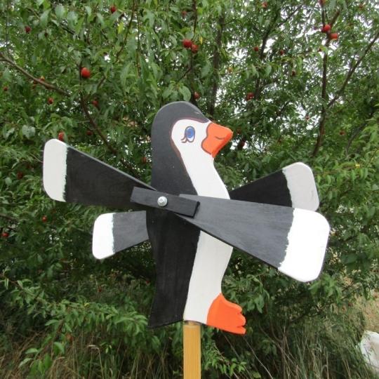 Tučniak vrtuľka, záhradná dekorácia