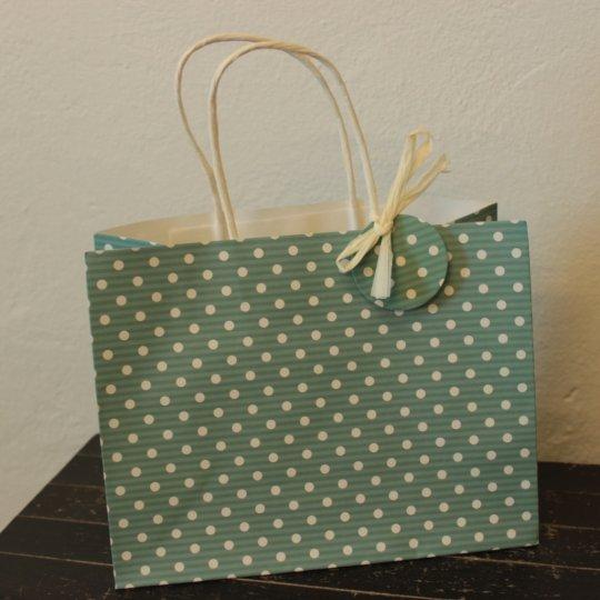 Darčeková taška, bodkovaná, 23x18 cm