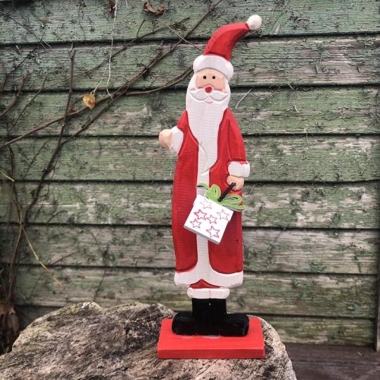 Santa s darčekom na podstavci, drevo, 30cm