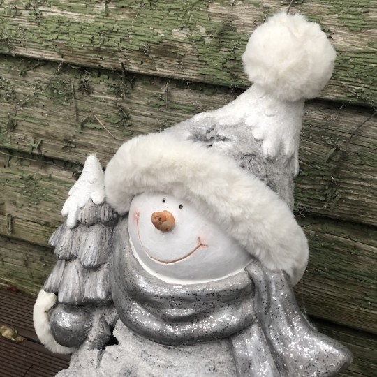 Snehuliak v pletenej čapici s kožušinou, LED svetlo, 37,5cm