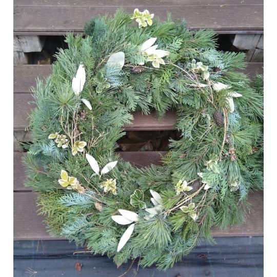 Vianočný veniec na dvere zo živej čečiny, priemer 70cm